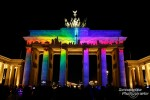 Bunte Bilder beim 3D-Mapping am Brandenburger Tor beim Festival of Lights in Berlin