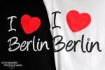 Aber so recht ist der Berlin-Funken bei uns dennoch nicht übergesprungen. Diese T-Shirts haben wir uns vorerst also nicht gekauft... ;-)))