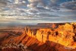 Herrliche Ruhe und ein fantastischer Ausblick auf die schier endlosen Schluchten des Canyonlands NP - Sonnenaufgang am Davidoff Point