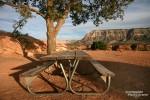 Wer einmal am herrlich einsamen Picknicktisch an der Abbruchkante des Toroweap Point Platz genommen hat, mag so schnell nicht wieder aufstehen. ;-)
