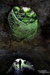 Diese Höhle wird fortan wohl zu meinen kleineren Highlights in Island zählen. Und Steffen durfte wieder mal - unter Protest - etwas modeln. ;-)