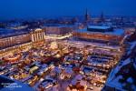 Blick auf den Striezelmarkt in Dresden von der Kreuzkirche