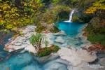 Das kristallklare, türkisblaue Wasser entlang der Wanderung zum Nacedero del Urederra