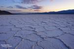 Wie schön sah es doch hier früher aus, in welche Richtung man auch blickte, die weißen Salt Flats erstreckten sich bis zu den Bergen. Es ist zu hoffen, dass es bei Badwater irgendwann in naher Zukunft wieder mal so schön wird!