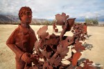 Sehr nett ist auch die Farm Workers Installation an der Di Giorgio Road in Borrego Springs.