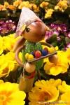 Frohe Ostern - Kuhnert Hase in den Blumen