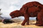 Manchmal fühlte man sich aber im Auto schon etwas sicherer. Recht furchteinflößend die Größe der Riesenfaultiere, die hier auf dem Wüstenboden herumkrabbelten...