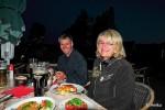In Burg Kauper wollte uns zunächst auch keiner bedienen, zum Glück hatte man beim Ochseneck doch noch Mitleid mit uns Hungernden ;-)