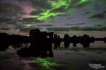 Polarlichter aufgenommen bei Vollmond (30 s, f/2.8, ISO 1600, Canon EOS 5D Mark III, Canon EF 16-35mm 1:2,8L II USM bei 30 mm)