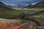 Wer sich auf einsamen Straßen tief in das Hochland hineinwagt und sich auch sonst abseits populärer Touristenpfade bewegt, der wird selbst im Hochsommer kaum etwas von den immer größer werdenen Besucherzahlen in Island mitbekommen.