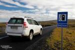 Dass in den Straßenkarten von Ferdakort auch die Tankstellen eingezeichnet sind, hat seine guten Gründe. Mancherorts ist es ganz schön weit bis zur nächsten... ;-)