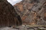 Immer weiter in die Höhe ragten die Felswände an der Titus Canyon Road. Und Jeeps mutierten langsam aber doch zu kleinen Spielzeugautos.