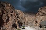Der Blick zurück in den Titus Canyon. Ein Unwetter braute sich zusammen und die letzten Wanderer kamen auch schon aus der Schlucht herausgeeilt.