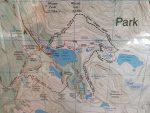 Handyschnappschuss von der Lake O Hara Karte die am Le Relais aushängt. Da die Wanderwege gut ausgeschildert sind, sollte diese Karte im Prinzip auch ausreichend sein.
