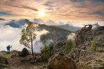 Die sich ständig ändernden Lichtstimmungen zu Sonnenuntergang knapp oberhalb der Nebelgrenze sind ein Traum - und sicher nicht nur für Fotografen!