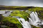 Die meist sehr harmlose Furt über die Blafjallakvisl an der F232 verläuft direkt oberhalb eines schönen Wasserfalls.