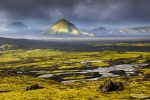 Schlechtwetter in Island: an diesem Tag Ende August war eigentlich ein Weltuntergang angesagt, am Maelifell schaffte es die Sonne kurz durch die Wolkendecke und es war einfach nur wunderschön!