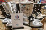 Beim Shopping in Island sollte man immer an die Formulare für die Rückerstattung der Mehrwertsteuer denken. Manch einer kann ja vielleicht solch schickem 500-Euro-Fußschmuck nicht widerstehen...!? ;-))))