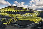 Zwar eher selten, aber Island gibt es auch mit Sonnenschein und Schönwetter.