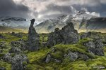 Berserkjahraun ist ein altes Lavafeld, das mittlerweile großflächig von saftig grünem Moos überzogen ist. Ein früher Wintersturm sorgte dort für reichlich Stimmung.